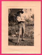 Grande Photo - Scout - Chapeau - Foulard - Ceinturon - Lieu à Identifier - Scoutisme - Jamborée - AGFA BROVIRA - Scouting