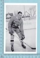 East Angus, Quebec -Hockey M. Paul Paquin Endossant Le Chandail Des Canadien De Montreal, Candidat Entrainement  - CPM - Quebec