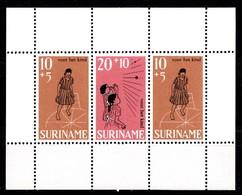 Surinam 1968 Mi.nr.:Block 8  Für Das Kind  Neuf Sans Charniere / MNH / Postfris - Surinam