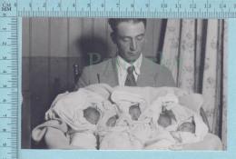 INSOLITE, Les Quintuplées Dionne # 19 - CPM  Né En 1934, Dionne La Naissance Avec Le Docteur - Ont, Canada - Enfants