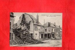 Carte Postale - SISSONNE - D02 - Après Le Recul Des Allemands Rue De L'Hôtel De Ville - Sissonne