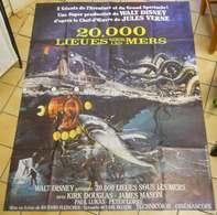 Affiche Poster Cinéma 20.000 Lieues Sous Les Mers Walt Disney 155x116 Cm Scaphandrier Sous-marin Monstre - Affiches