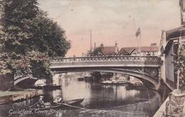 GUILDFORD. TOWN BRIDGE. BOAT RIVER VINTAGE LANDSCAPE. F FRITH & Co. CIRCA 1900s NON CIRCULEE- BLEUP - Surrey