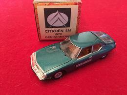 Citroën SM 1970  Gendarmerie 1/43 Norev - Norev
