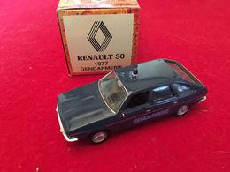 Renault 30 1977  Gendarmerie 1/43 Norev - Norev