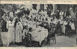 Espagne - Barcelone - Maisons Claires - Le Déjeuner Des Enfants à La Maison Claire De Barcelone - Cartes Postales