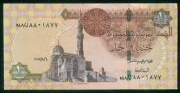 EGYPT / ONE POUND / DATE : 6 -8-2017 / P- 70 / PREFIX : L588 / SULTAN QUAYET BEY MOSQUE / ABU SIMBEL TEMPLE / USED - Egypte