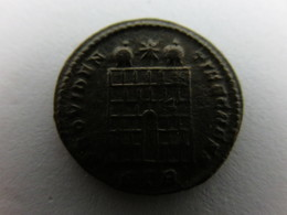 SUPERBE Monnaie Romaine : 16872 Ae3 Crispus A/ FL IVL CRISPVS NOB CAES - 7. L'Empire Chrétien (307 à 363)