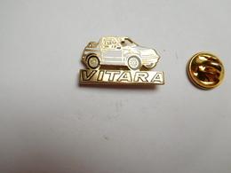Beau Pin's , Auto 4X4 Suzuki Vitara - Badges