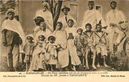 MADAGASCAR  UN VIEUX CATECHISTE JESUITES A TANANARIVE - Madagaskar