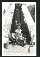 AK Cherokee, NC, Tootie Burgess, Junge Frau In Teepee - Indianer