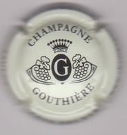 Capsule Champagne GOUTHIERE ( 4b , Fond Crème Et Noir ) {S50-18} - Champagne