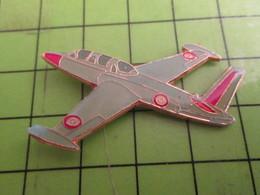 716a Pin's Pins /  Rare Et De Belle Qualité : THEME AVIATION : AVION ARMEE DE L'AIR FOUGA MAGISTER - Airplanes