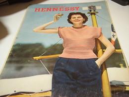 ANCIENNE AFFICHE  PUBLICITE COGNAC HENNESSY    1954 - Alcools