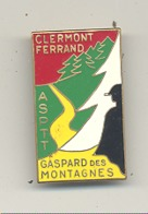 """Médaille Souvenir Avec épingle  CLERMONT FERRAND - ASPTT - """"Gaspard Des Montagnes """" Auvergne - Marche ? (b241) - Sports"""