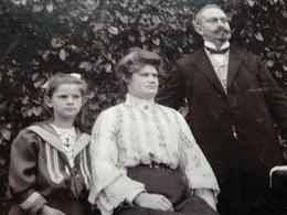 DEUTSCHE FAMILIE DAZUMAL - 24 - FRITZLAR - GEBR. ROLAND - LEHRER - GUEXHAGEN B KASSEL - Identifizierten Personen