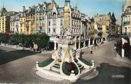 REIMS....place Drouet..........edit  La Cigogne  No.454.12 - Reims