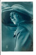 CPA - Cartes Postales -BELGIQUE - Photo D'une Femme Avec Son Chapeau-1924- S3887 - Photographie