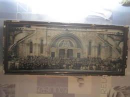 Tableau Ancienne Photo Grand Rassemblement Devant Basilique ?  26,5 X 63 Cm - Autres Collections