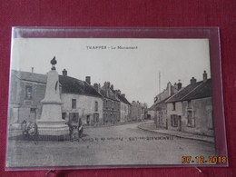 CPA - Trappes - Le Monument - Trappes