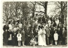 ( BRETAGNE )( 29 FINISTERE  )( FEMMES )( FOLKLORE )( COSTUMES ET COIFFES ) ( MARIAGE )( SCAER )( PHOTO EUREL) - Lieux