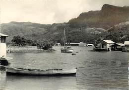 SEYCHELLES - Victoria Harbour. - Seychelles