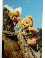#404  Teddy Bears Toys - Germany Used Postcard 1975 - Jeux Et Jouets