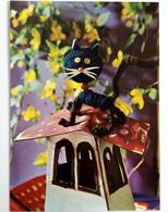 #404  Cat On Roof, Handmade Model - Used Postcard - Jeux Et Jouets