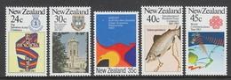 SERIE NEUVE DE NOUVELLE-ZELANDE - ANNIVERSAIRES ET EVENEMENTS N° Y&T 831 A 835 - Nouvelle-Zélande