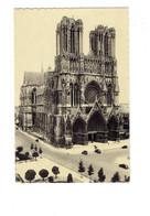 Cpm - 51 - Reims - Cathédrale - Edit Maurice - Travaux échafaudage Voiture - Reims