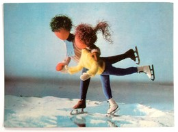 #405  Dolls Ice Skatingl, Handmade Model - Used Postcard 1967 - Jeux Et Jouets