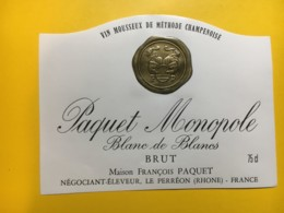 9149 -  Vin Mousseux Paquet Monopole 2 étiquettes - Etiketten