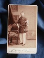 Photo CDV Martinotte à Grenoble - Jeune Garçon, Uniforme écolier, Brassard Communion Ou Remise De Prix Vers 1885 L405 - Anciennes (Av. 1900)