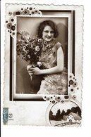 CPA - Cartes Postales -Belgique -Photographie D'une Jeune Femme Avec Bouquet De Fleurs-S3923 - Photographie