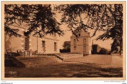 Château De TREMBLAY-MAULDRE Par MONTFORT-LAMAURY - Frankreich