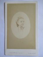 Photographie Ancienne CDV - Second Empire - Portrait Ovale De Fillette - Photo Langerock, Paris   T BE - Photographs