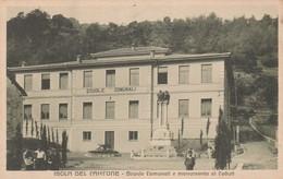 Cartolina - Isola Del Cantone (Genova) - Scuole Comunali E Monumento Ai Caduti - Non   Viaggiata - Genova