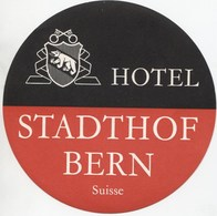 HOTEL STADTHOF BERN Ca. 1940 Etiquette De Bagages - Hotel-Etikette - Suisse - Schweiz - Etiquettes D'hotels
