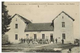 Saint Pierre D'Alvey:la Mairie, Les écoles, Belle Animation, Peu Courant - Autres Communes