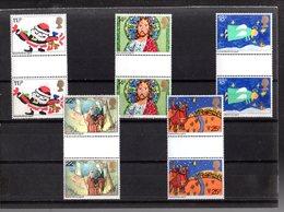 Gran Bretagna :  NATALE '81 -  5 Val. Con INTERSPAZIO  MNH**   Del  18.11.1981 - Nuovi