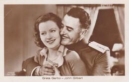GRETA GARBO-JOHN GILBERT OLD POSTCARD (505) - Actors