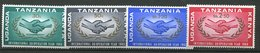 Uganda-Kenya - Tanzanie ** N° 141 à 144 - Année Coop. Internationale - Timbres