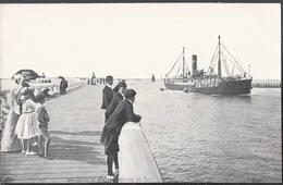 Oostende - Ostende - Bateau Entrant Au Port - HP1568 - Oostende