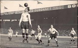 FOOTBALL -  Photo Des Années 30/40 /50  ( Action De Jeu  ) - Sport