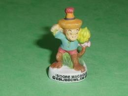 "Fèves / Film / BD / Dessins Animés : Oui Oui , Isodore Macaque , Singe  "" Mat ""    T47 - Cartoons"