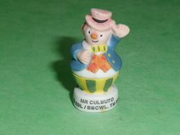 "Fèves / Film / BD / Dessins Animés : Oui Oui , Mr Culbuto  "" Mat ""    T47 - Cartoons"