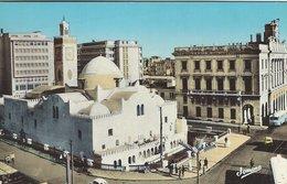 Alger - El-Djezair La Place Des Martyrs Et La Grande Mosquee.Sent To Denmark 1967.    S- 4458 - Churches & Cathedrals