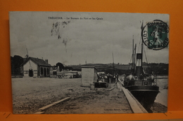 """Tréguier - Le Bureau Du Port Et Les Quais - Bateau """" Greenisland """" De Belfast - Tréguier"""