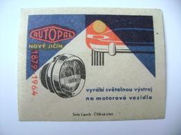 Czechoslovakia Matchbox Label 1964 - Autopal Novy Jicin Produces Lighting Equipment For Motor Vehicles - Boites D'allumettes - Etiquettes
