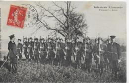 AK 0096  Infanterie Allemande - Présentez ! ... Armes Um 1908 - Regimente